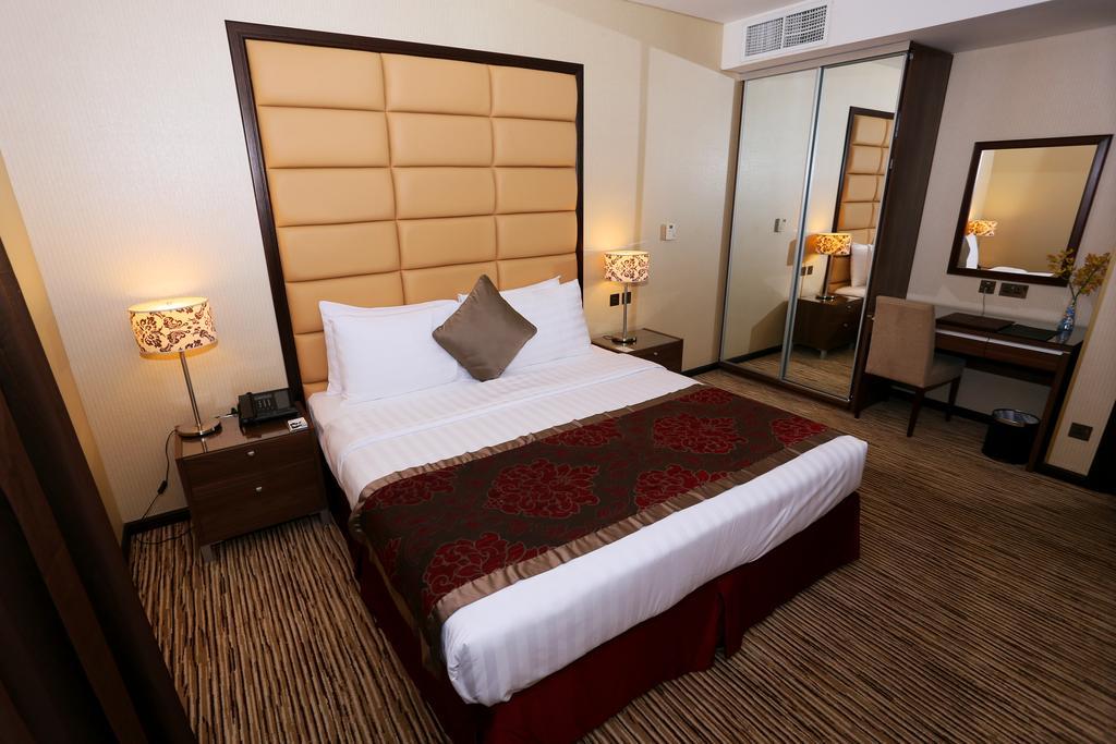 Отзывы гостей отеля Al Hamra Hotel