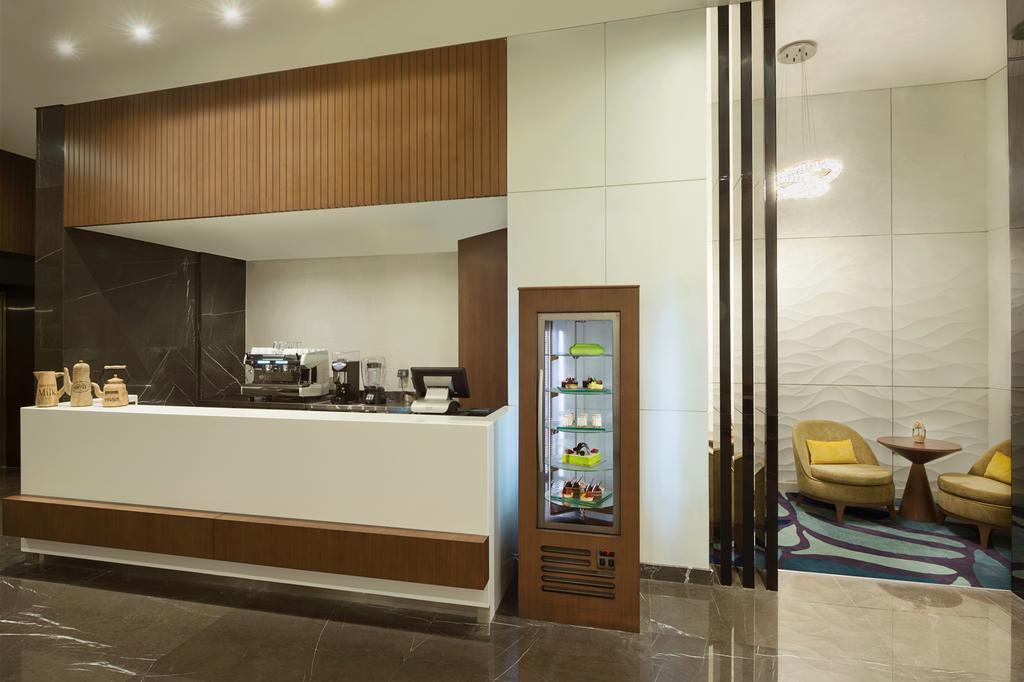 Відгуки про готелі Wyndham Garden Ajman Corniche