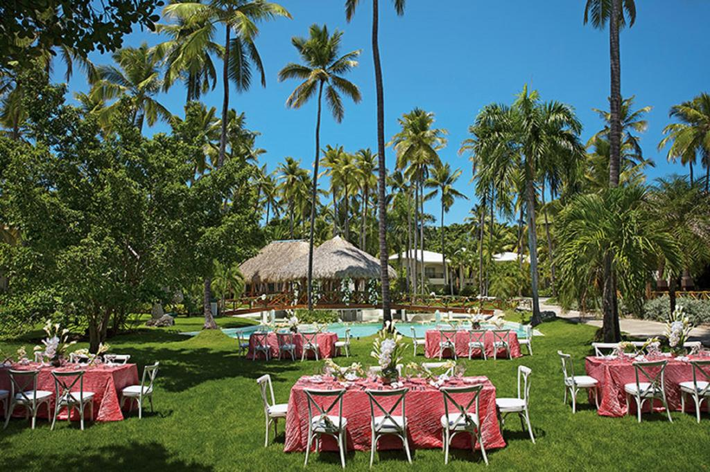Цены в отеле Impressive Resort & Spa Punta Cana (ex. Sunscape Dominican Beach)