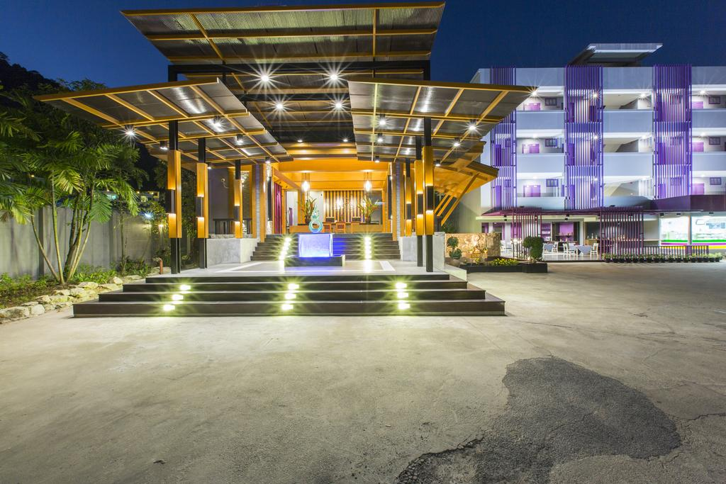 Пхукет Phuvaree Resort