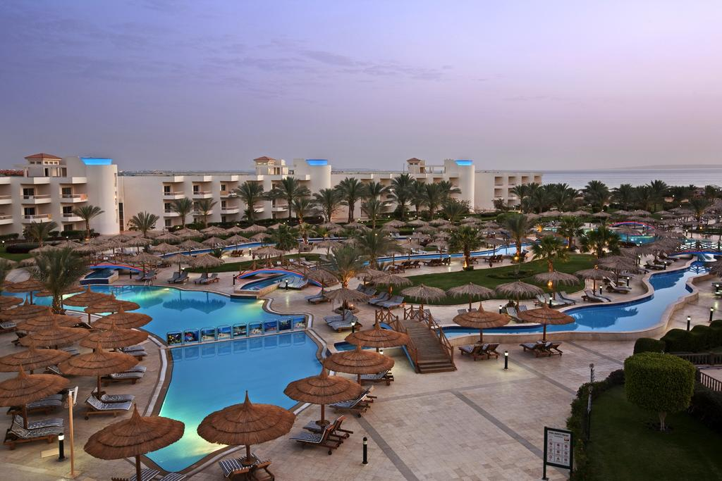 Цены в отеле Hilton Hurghada Long Beach Resort