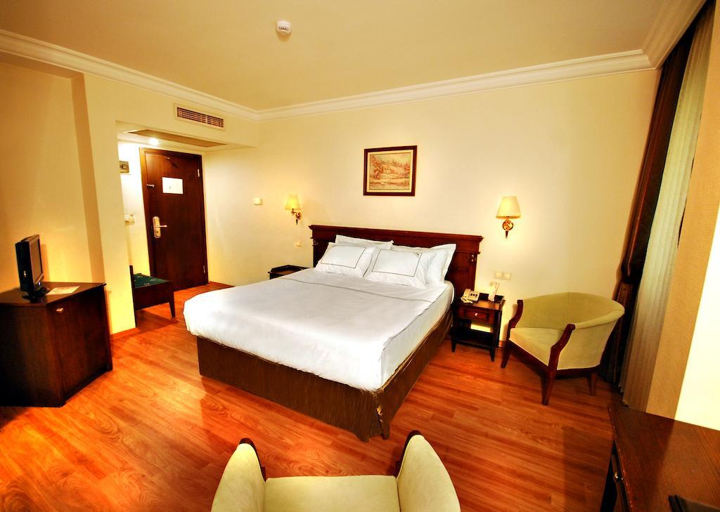 Туры в отель Golden Crown Hotel Стамбул