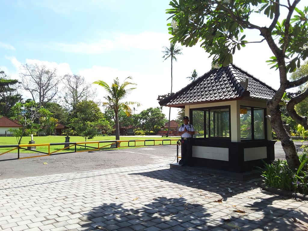 Фото отеля Inna Bali Beach Resort