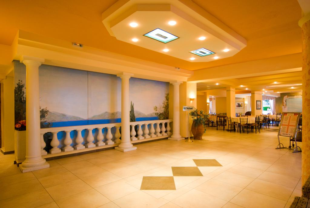Potamaki Beach Hotel ціна