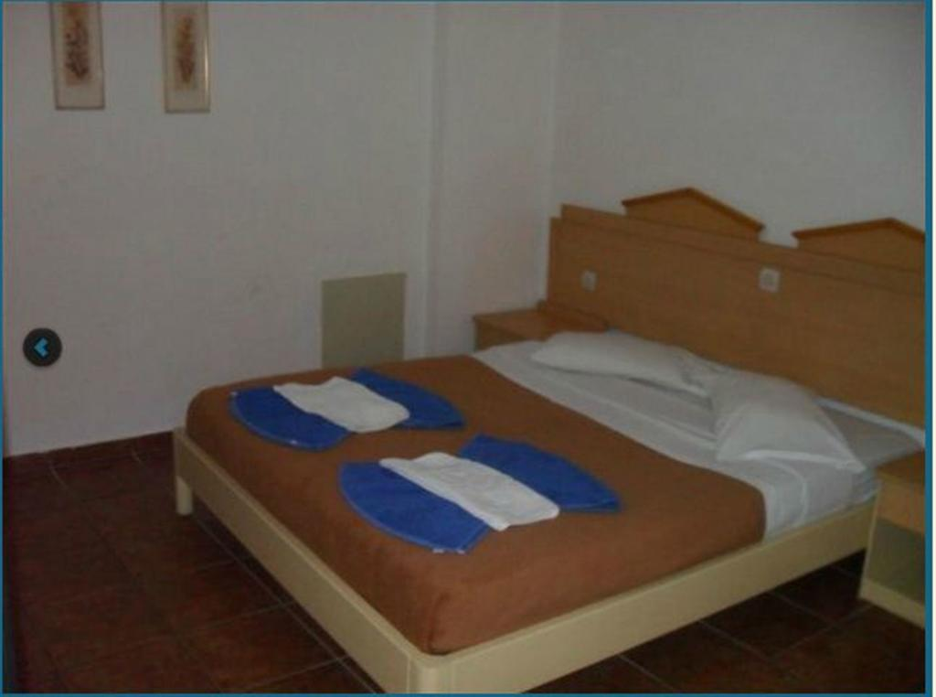 Тури в готель Porto Village Іракліон