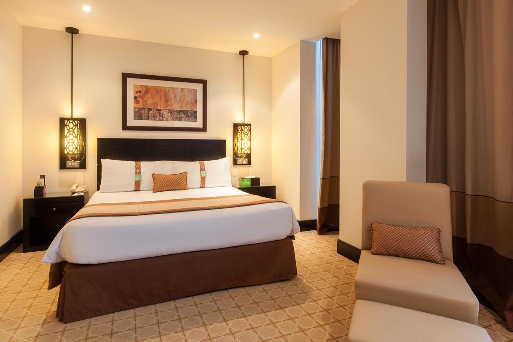 Дубай (город) Holiday Inn Al Barsha