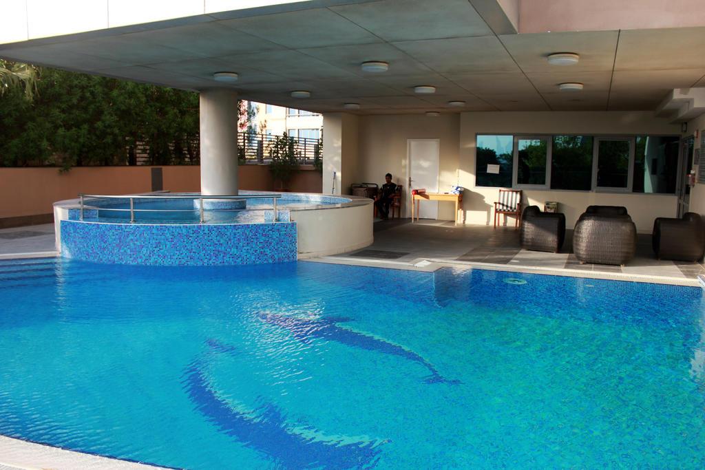 Tulip Creek Hotel Apartments, Дубай (город) цены