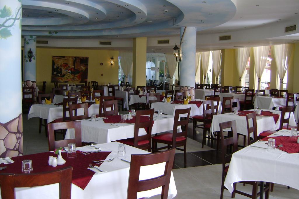 Туры в отель Aqua Hotel Resort & Spa Шарм-эль-Шейх