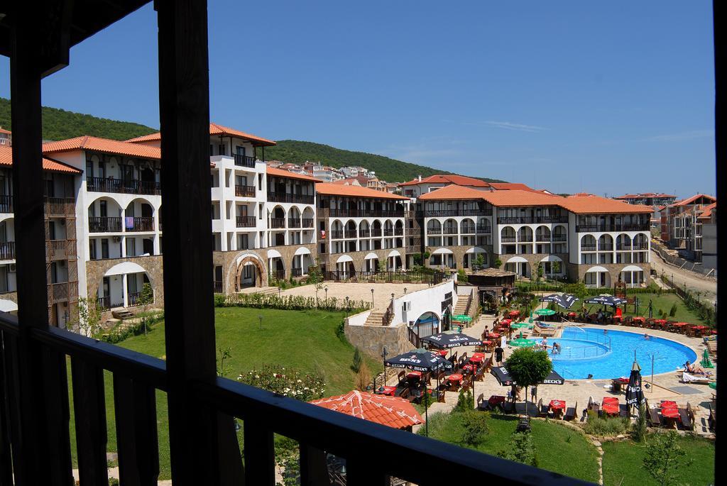 Туры в отель Dinevi Resort Third Line