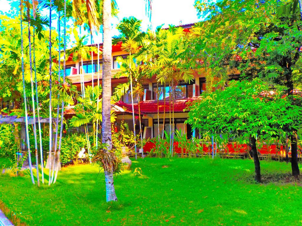 Индонезия Palm Beach