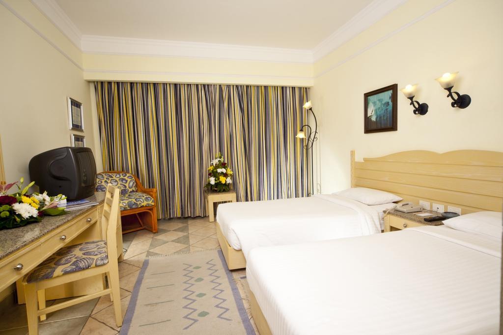Відпочинок в готелі Coral Beach Resort Tiran Шарм-ель-Шейх Єгипет