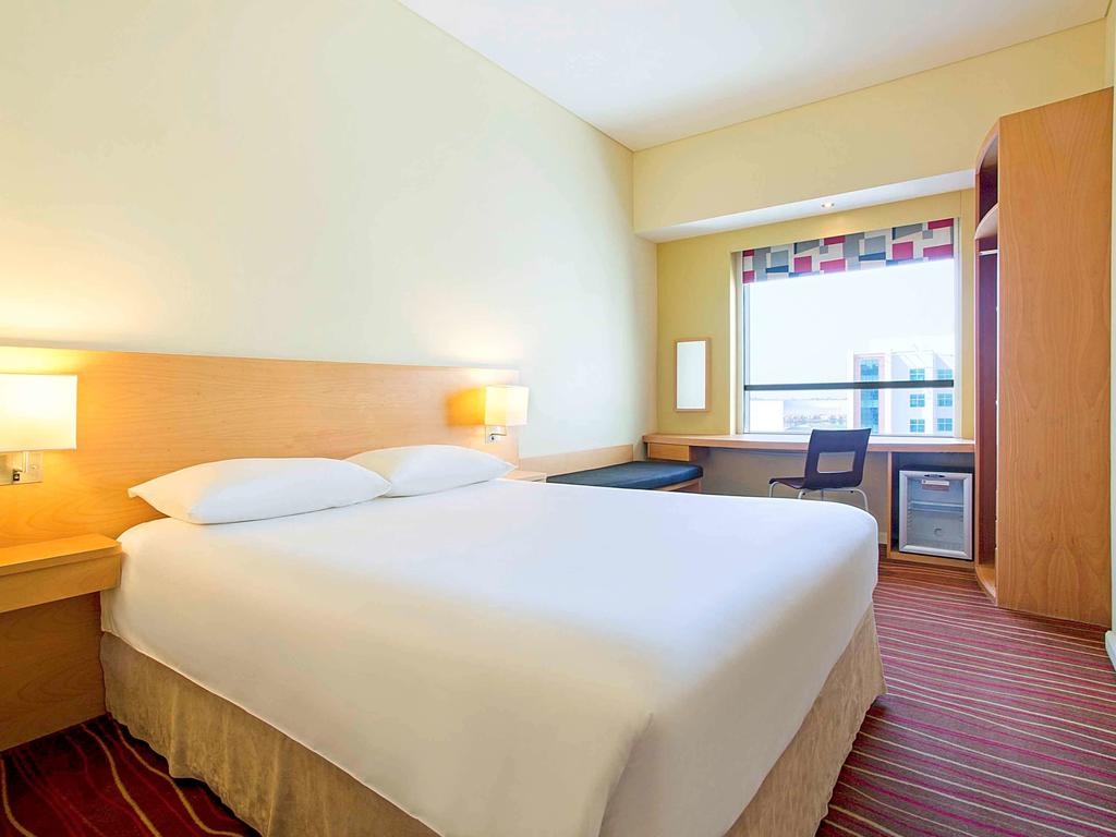 Дубай (город) Ibis Hotel Mall Of The Emirates