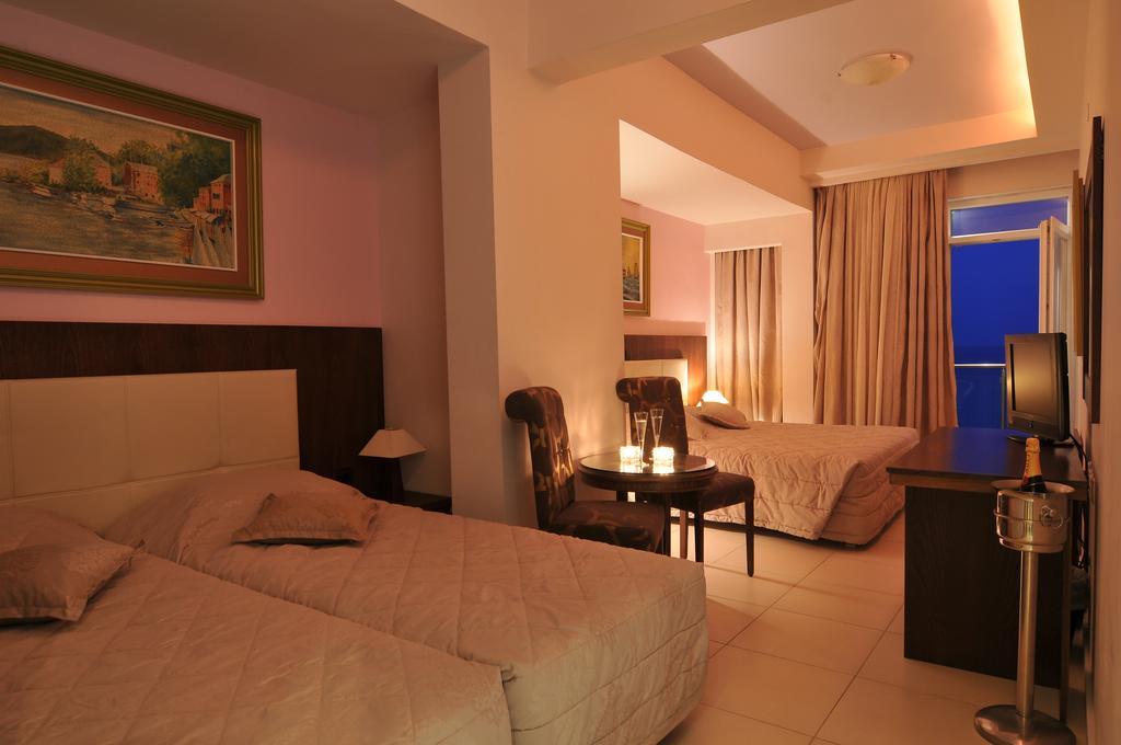 Фото готелю Panorama Hotel