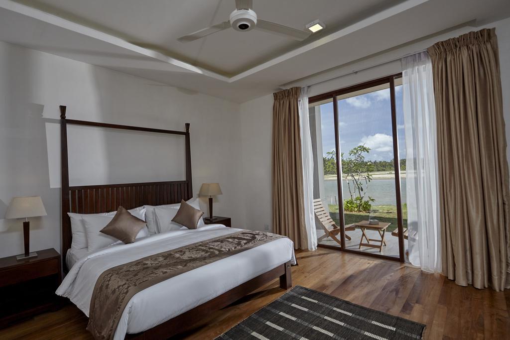 Горящие туры в отель Amarante Bay Hotel
