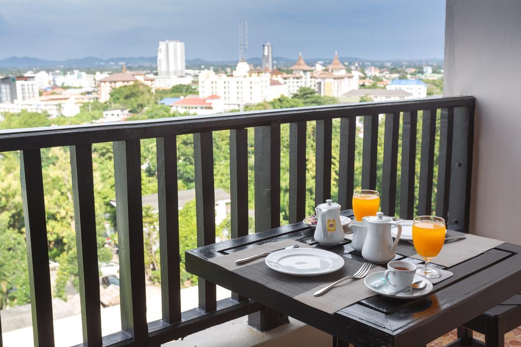 Отзывы гостей отеля Golden Tulip Essential Pattaya Hotel