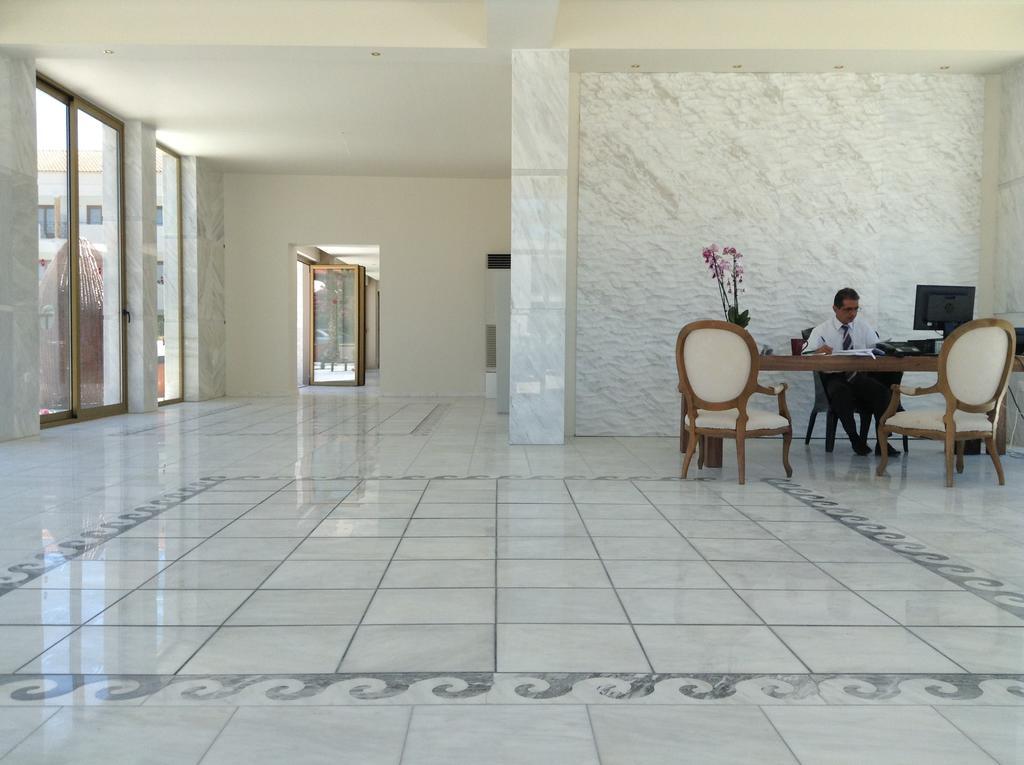 Відгуки про готелі Hanioti Melathron