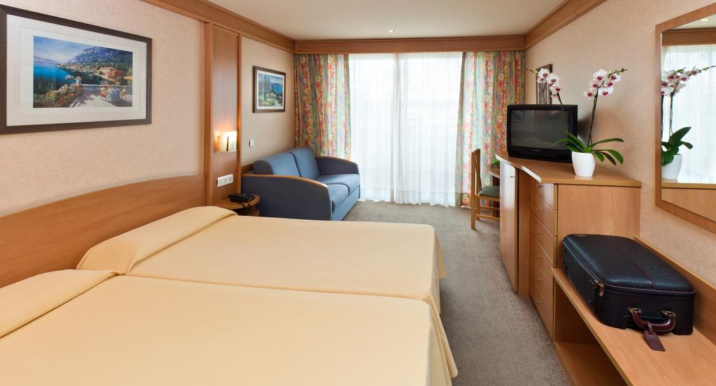 Отдых в отеле Guitart Gold Central Park Resort & Spa Коста-Брава