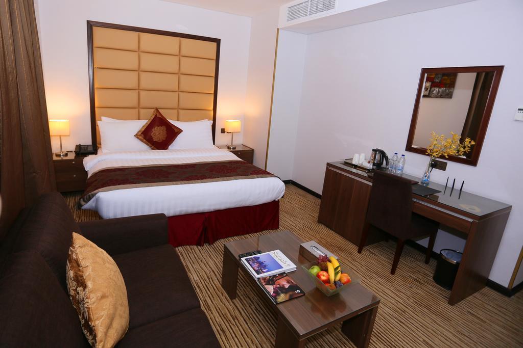 Шарджа Al Hamra Hotel