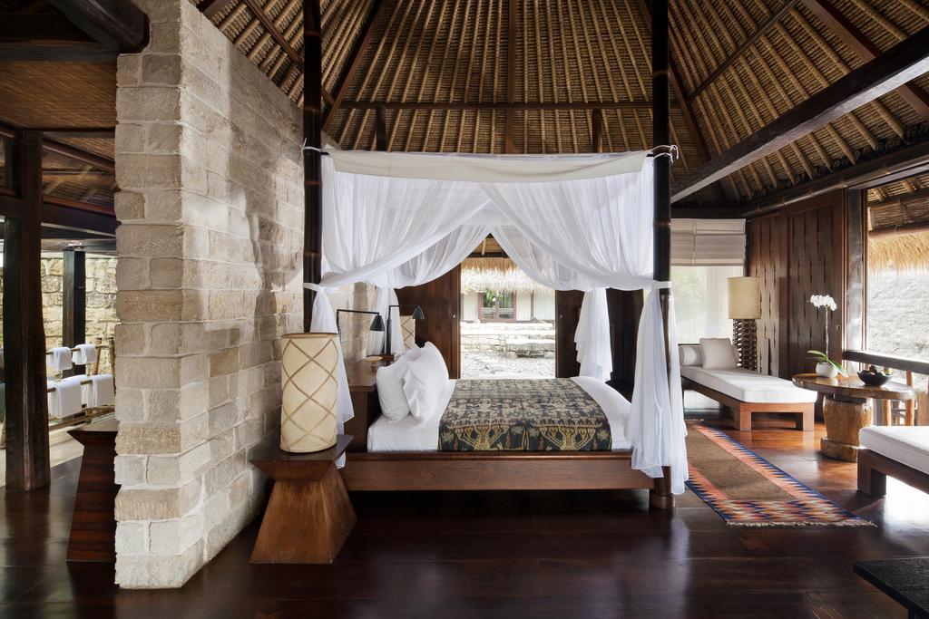Цены в отеле Como Shambala