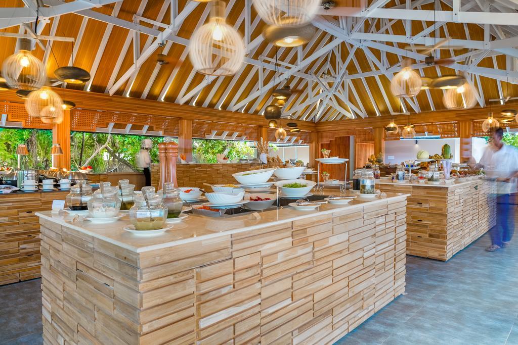 Відгуки про готелі Kudafushi Resort & Spa