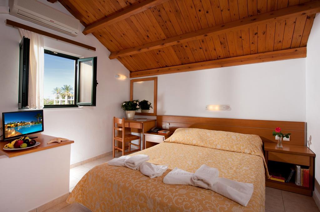 Тури в готель Asterias Village Apartment Hotel Іракліон Греція