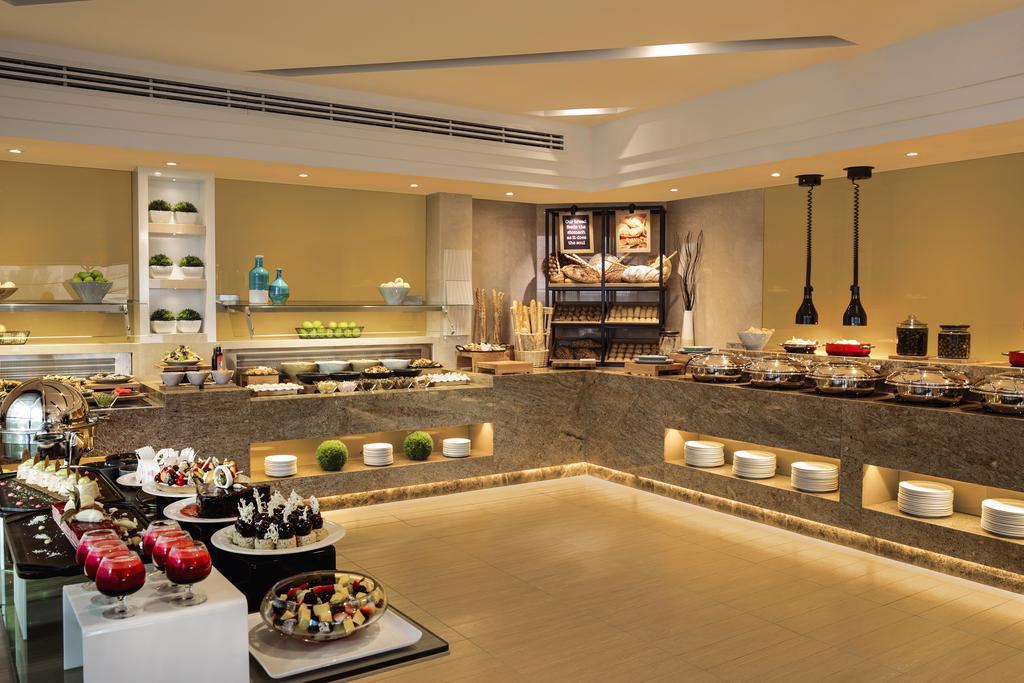 Тури в готель Jumeirah Rotana Hotel Дубай (місто) ОАЕ