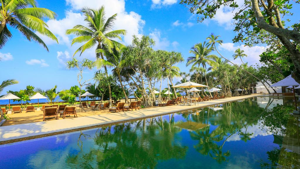 Pandanus Beach Resort цена