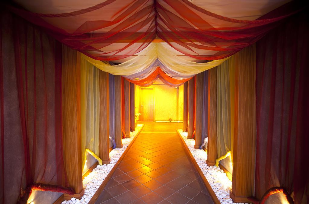 Гарячі тури в готель Limak Lara De Luxe Hotel & Resort