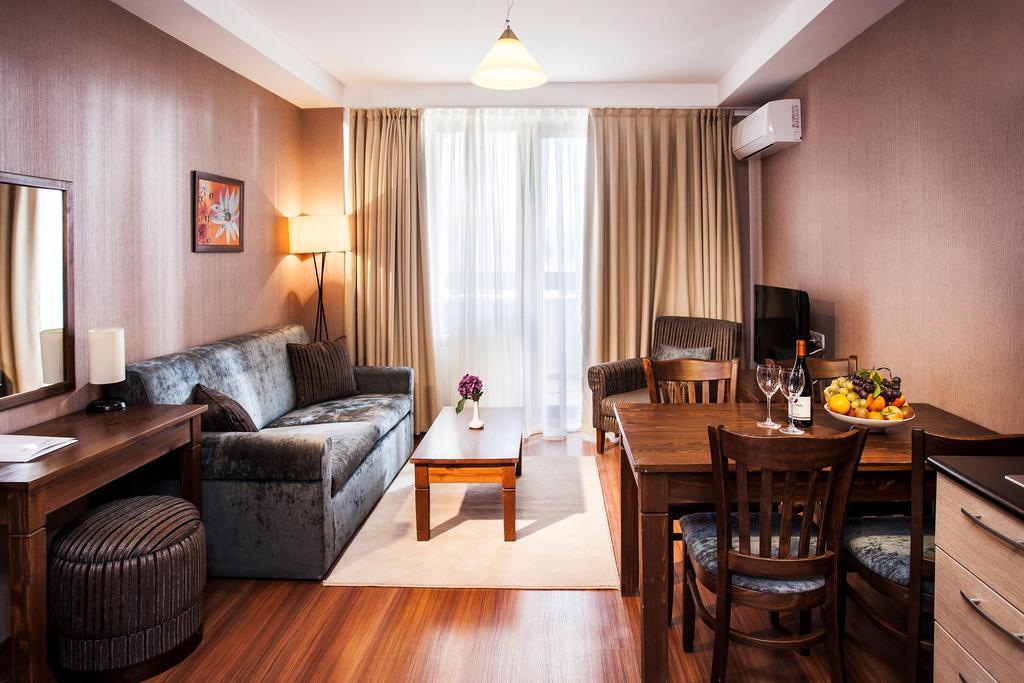 Отель, Regnum Apart Hotel