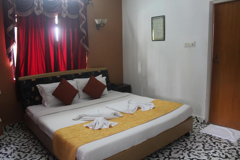 Горящие туры в отель Camelot Fantasy Resort Калангут