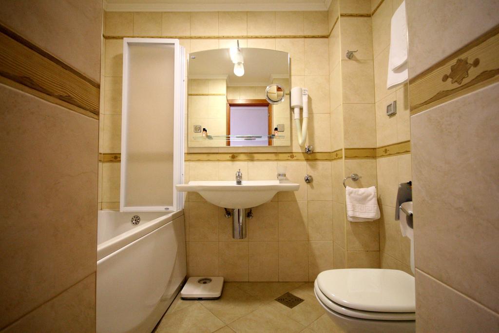 Mediteran Becici Hotel, Бечичи, фотографии туров
