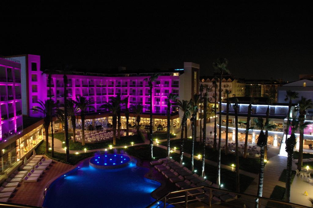 Фото готелю Ideal Prime Beach