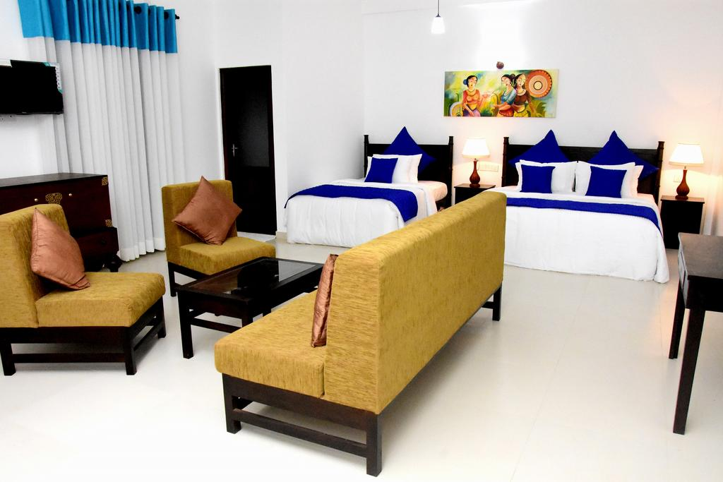 Ваддува Blue Spring Hotel