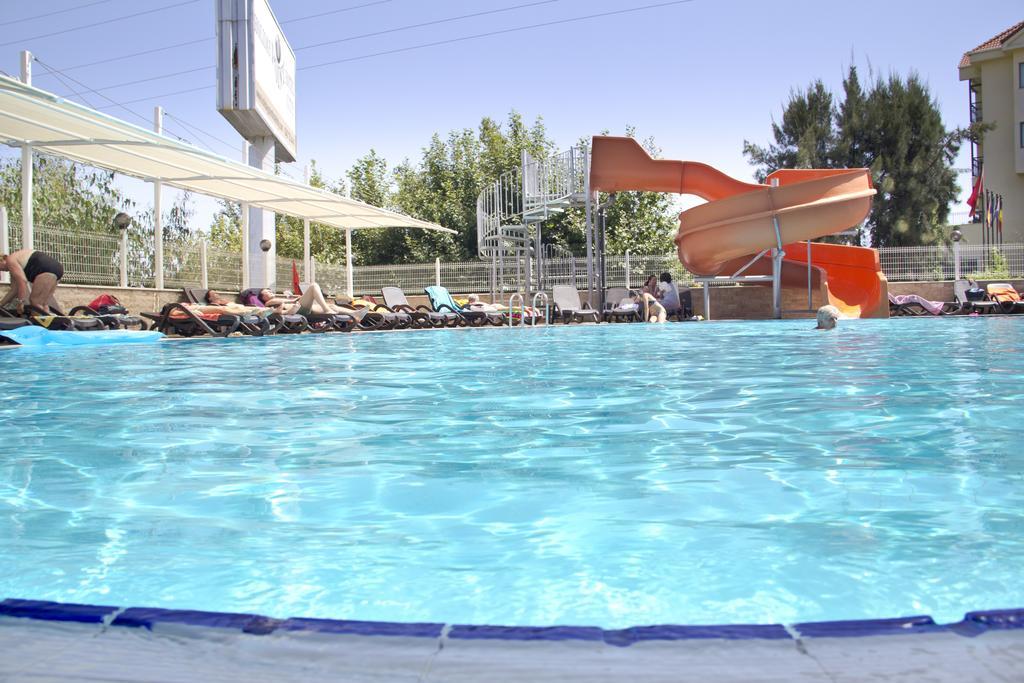 Гарячі тури в готель Holiday City Hotel Сіде Туреччина