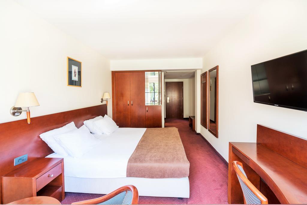 Гарячі тури в готель Iberostar Bellevue Бечічі Чорногорія