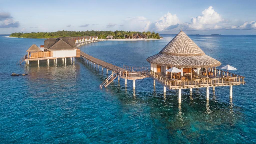 Furaveri Island Resort, Мальдіви, Раа Атол, тури, фото та відгуки