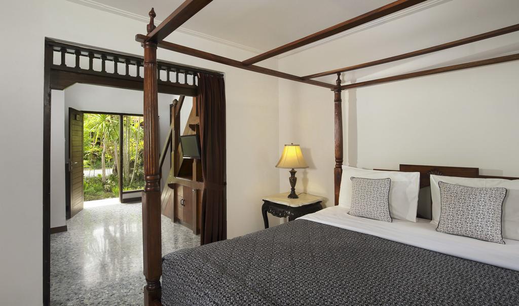 Цены в отеле Taman Harum Cottages