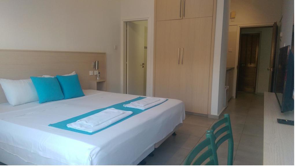 Отзывы гостей отеля Sea Cleopatra Napa Hotel (ex. Smartline Cleopatra Annex Apartments)