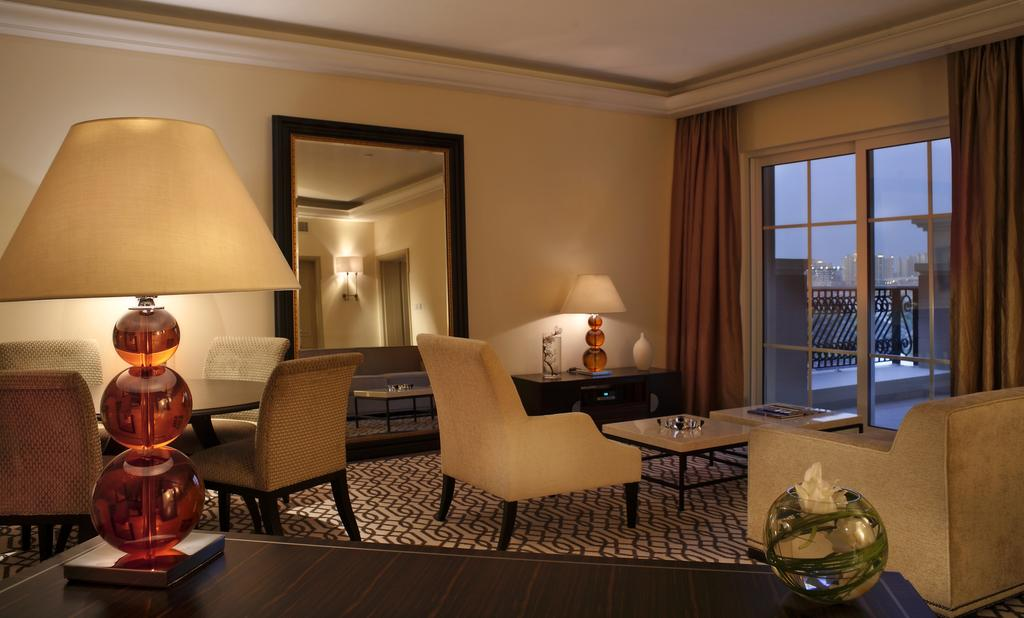 Тури в готель The Westin Dubai Mina Seyahi Beach Resort&Marina Дубай (пляжні готелі) ОАЕ