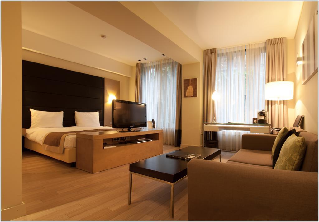 B-Aparthotel Grand Place, Бельгия, Брюссель, туры, фото и отзывы