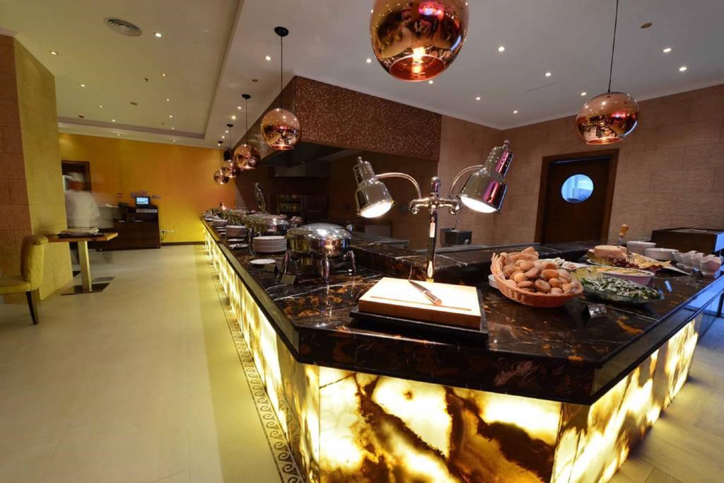 Donatello Hotel Dubai цена