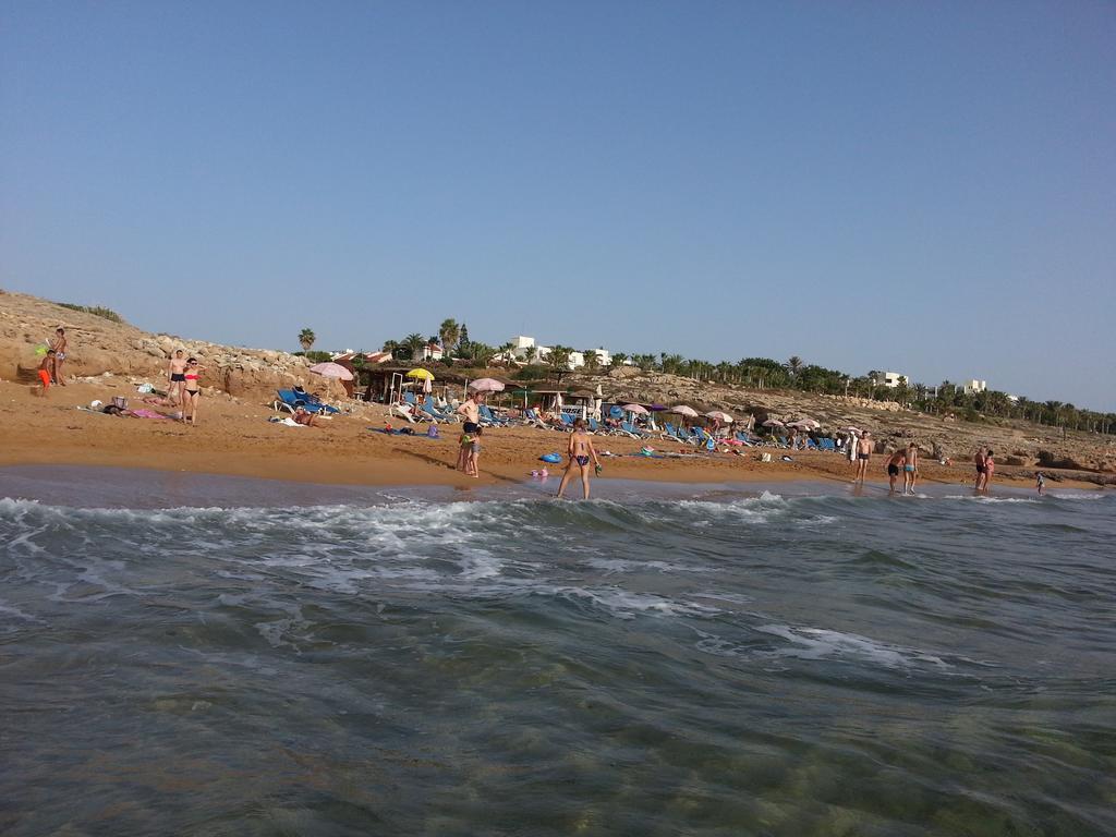 Helios Bay Hotel Apts, Кипр, Пафос