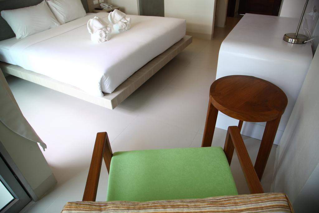 Таиланд Sunshine Hotel & Residence