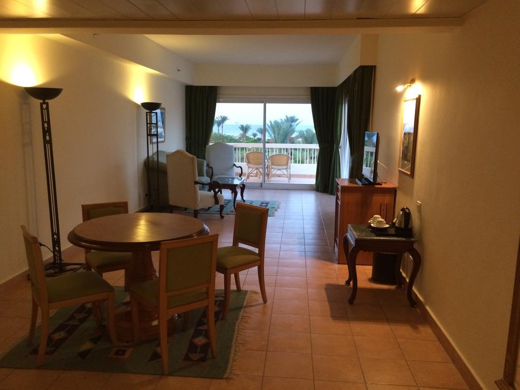 Хургада Hilton Hurghada Long Beach Resort