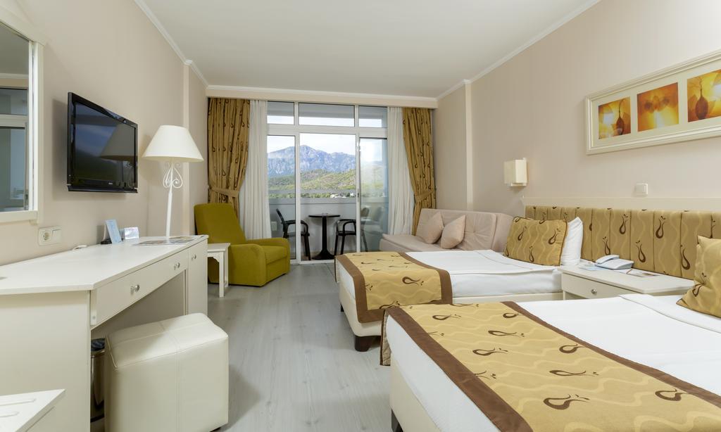 Відпочинок в готелі Pgs Hotels Kiris Resort Кемер