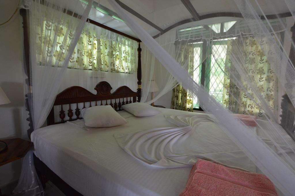 Sea View Deepal Villa, Унаватуна цены