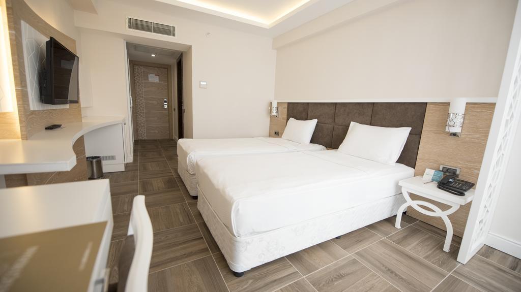Тури в готель Selcukhan Hotel Кемер Туреччина