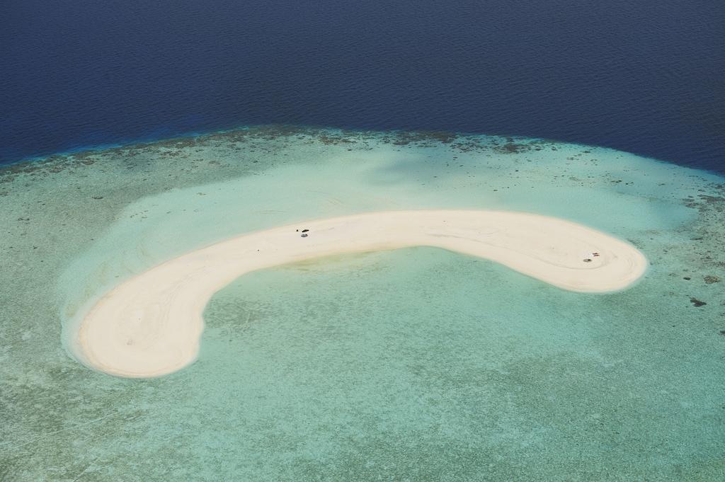 Туры в отель Eriyadu Island Resort Северный Мале Атолл Мальдивы
