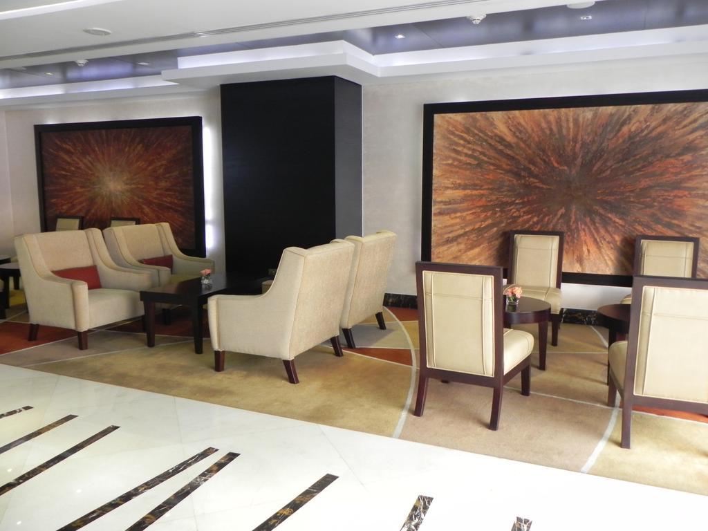 Гарячі тури в готель Crowne Plaza Abu Dhabi Абу Дабі ОАЕ