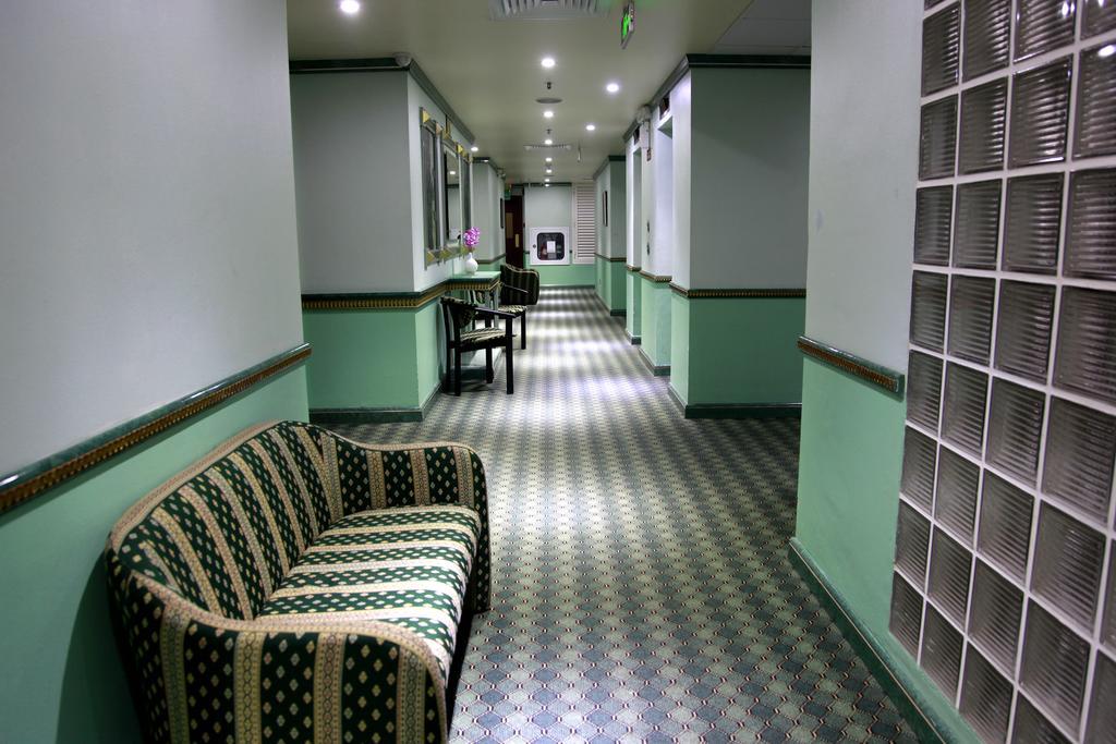 Orchid Hotel, фотографии